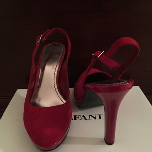 Alfani Red Platforms