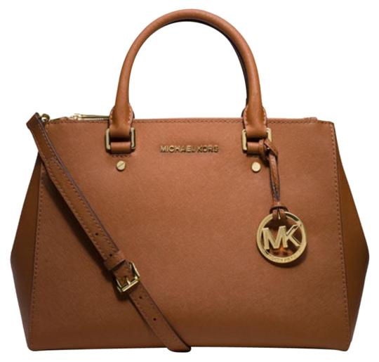 Preload https://img-static.tradesy.com/item/21028120/michael-kors-sutton-medium-luggage-saffiano-leather-satchel-0-7-540-540.jpg
