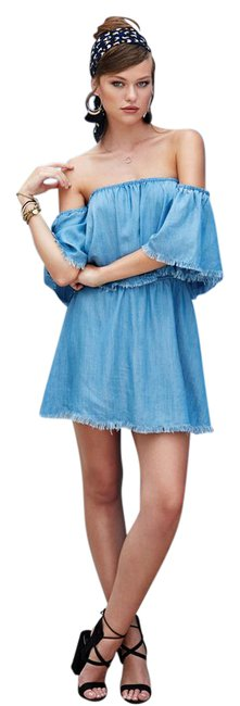 Preload https://img-static.tradesy.com/item/21028798/elan-denim-off-shoulder-short-casual-dress-size-12-l-0-1-650-650.jpg