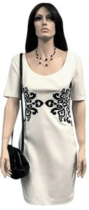 Laundry by Shelli Segal Embroidered White Dress