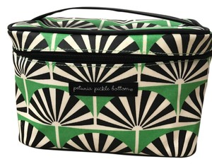 Petunia Pickle Bottom Cosmetic Case Train Case Toiletry Toiletry Case Green/Black/White Travel Bag