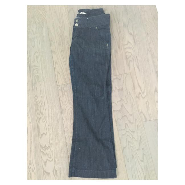 Preload https://img-static.tradesy.com/item/21029027/blue-boot-cut-jeans-size-31-6-m-0-0-650-650.jpg