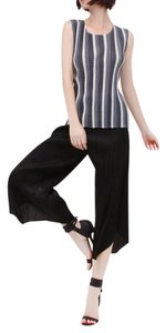 Nabisplace Cropped Pleated Wide Capri/Cropped Pants Black