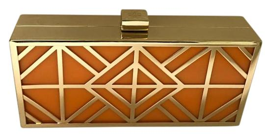 Preload https://img-static.tradesy.com/item/21029116/tory-burch-fret-evening-minaudiare-orange-and-gold-sleek-rectangular-shape-is-made-of-glossy-lacquer-0-1-540-540.jpg