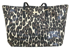 Kate Spade Leopard Lined Tote in Leopard Print