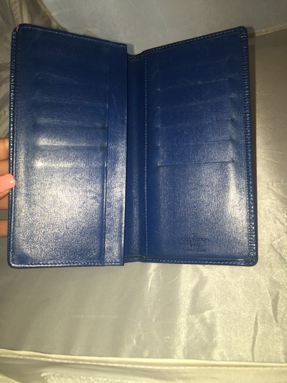 Louis Vuitton Louis Vuitton Blue Epi Wallet Brazza LVTL05