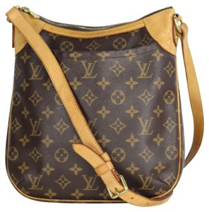 Louis Vuitton Canvas Leather Odeon Cross Body Bag
