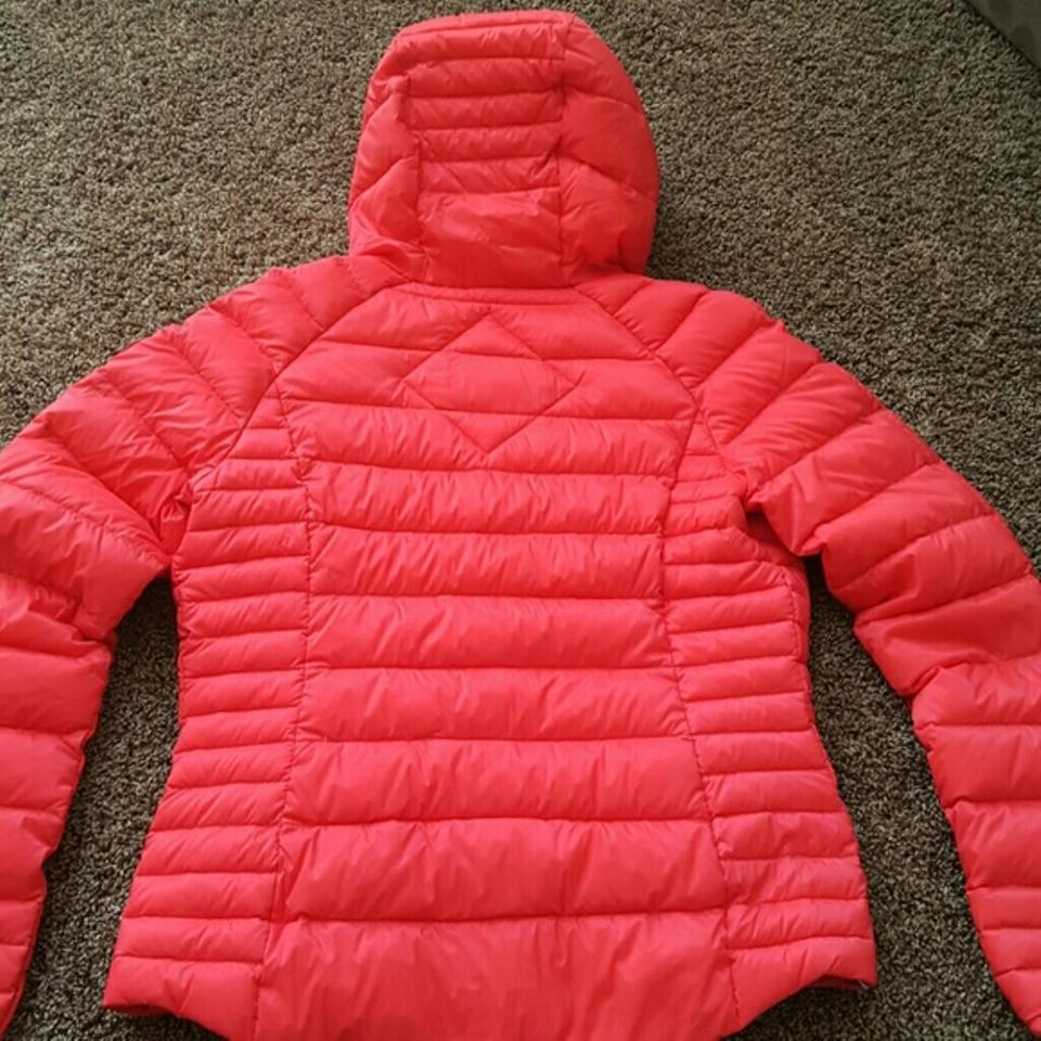 444a97269e0 Canada Goose Torch Red Women's Brookvale Hoody. Coat Size 8 (M) 33% off  retail