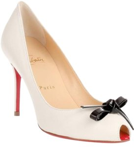Christian Louboutin Leather white Pumps