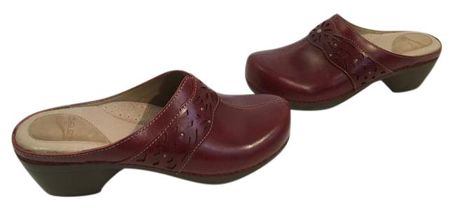 Item - Dark Red Leather Leather Lining Padded Insoles Geometric Spaces E40 Clogs Mules/Slides Size US 9.5 Regular (M, B)