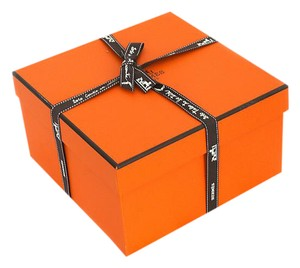 Herms Hermes square empty box with ribbon