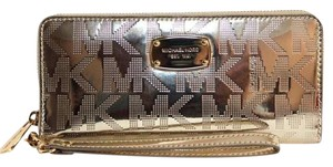 Michael Kors Michael Kors Jet Set Travel Continental Wallet Gold NWT