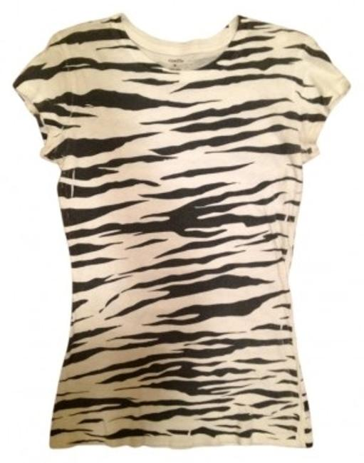 Preload https://item3.tradesy.com/images/rue-21-black-and-white-zebra-print-fitted-tee-shirt-size-8-m-21032-0-0.jpg?width=400&height=650