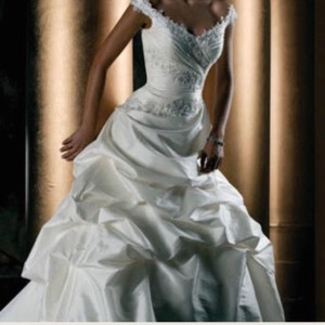 Demetrios Demitrios Style 4230 Wedding Dress