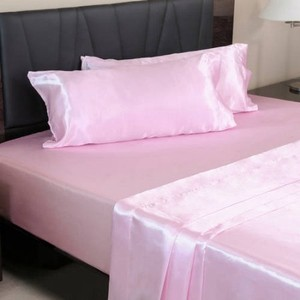 Queen Pink Satin Sheets. Size Queen.