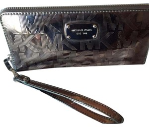 Michael Kors Wristlet in gunmetal gray
