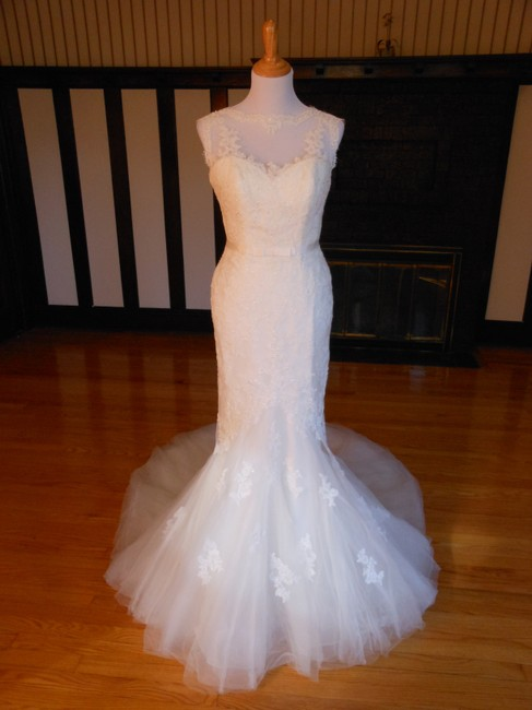 Item - Ivory/Beige Lace Damara Destination Wedding Dress Size 12 (L)