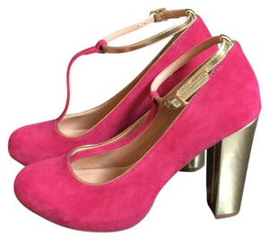 Sole Society Fushia with gold straps and gold block heel Pumps