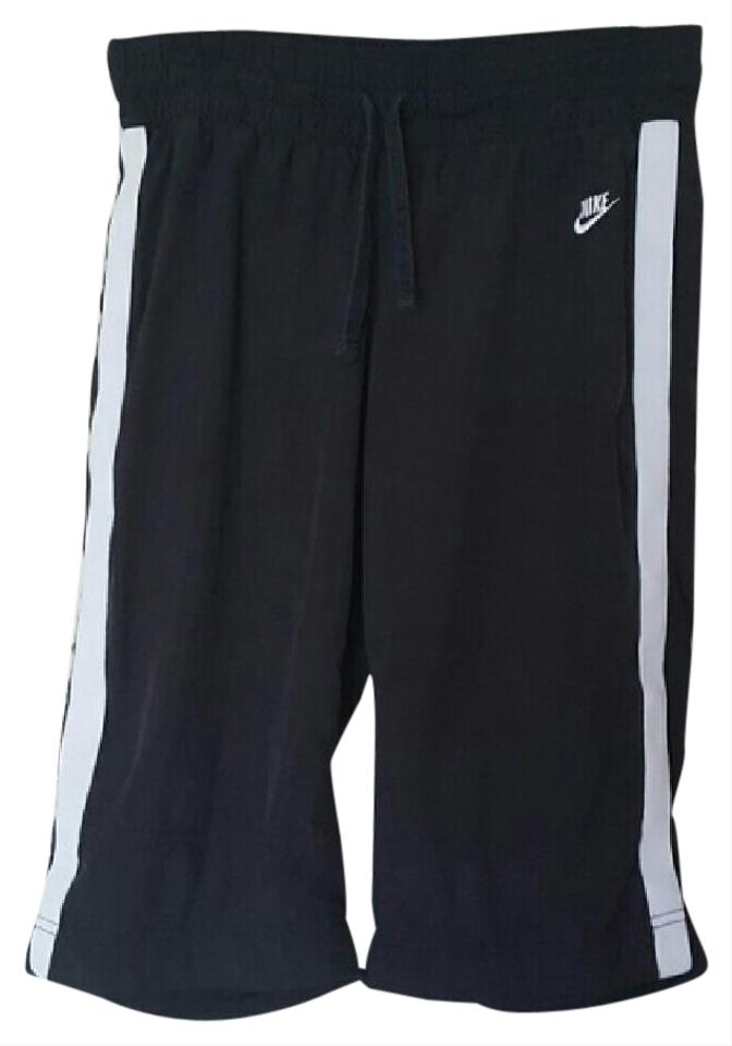 ce7c227ed73b Nike Black White Capris Activewear Bottoms Size 8 (M