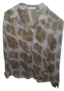 Equipment Top White with leopard print