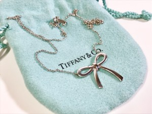 Tiffany & Co. Tiffany Medium Bow Pendant Necklace Sterling Silver