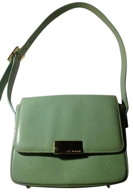 Item - Vintage Small Pale Green Leather Shoulder Bag