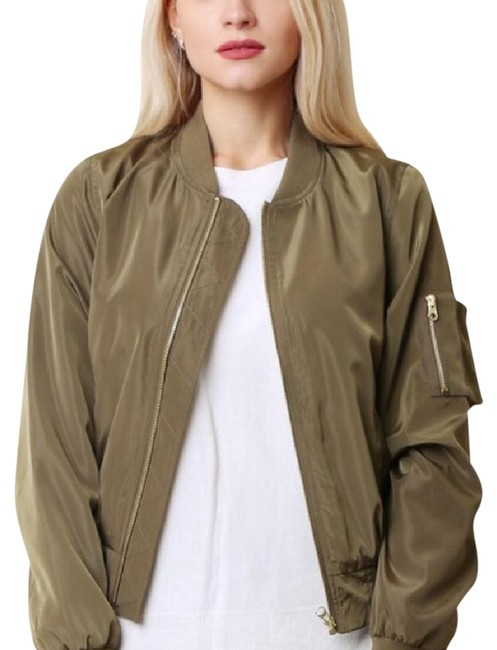 Preload https://item2.tradesy.com/images/olive-green-bomber-solid-jacket-size-4-s-21039951-0-1.jpg?width=400&height=650