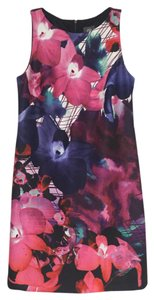 Vince Camuto Floral Magenta Sleeveless Sheath Vince Dress