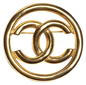 Chanel Authentic 1993 Vintage Gold Plate CC Emblem Brooch Pin