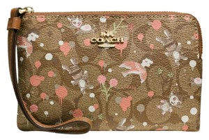 Coach Wristlet in Limited edition