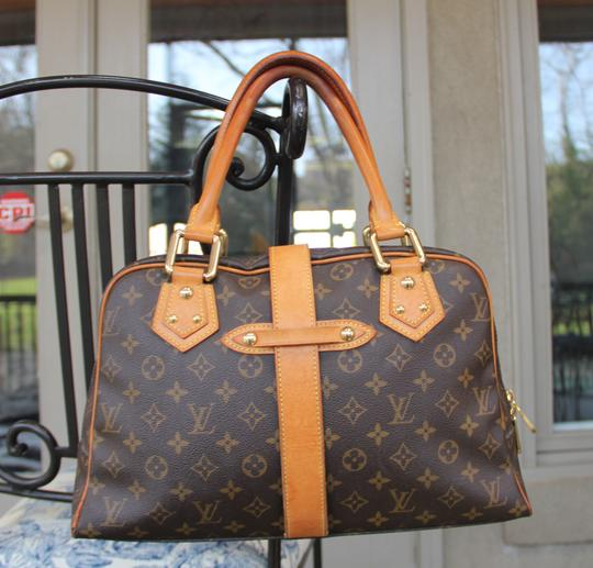 Louis Vuitton Manhattan Gm Tote Satchel in Brown Monogram Canvas
