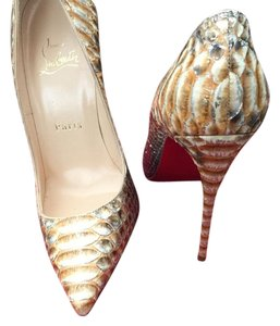 Christian Louboutin shades of nude Pumps