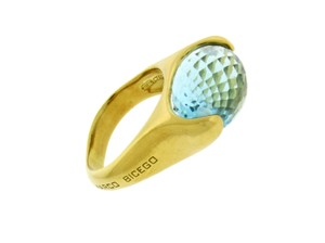Marco Bicego Marco Bicego 18k yellow gold Women's blue topaz ring size 6