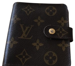 Louis Vuitton Compact Zipper Wallet