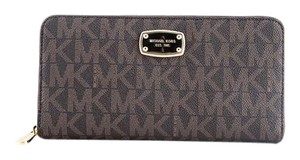 Michael Kors * Michael Kors Jet Set Item Travel Wallet