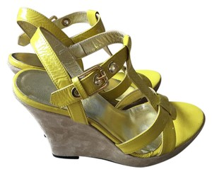 Goldenbleu yellow Wedges