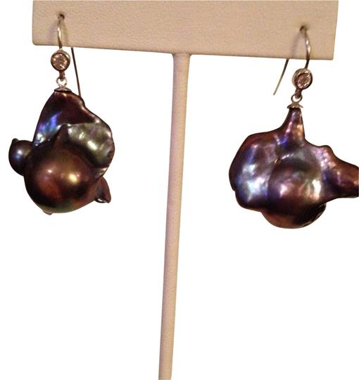 Preload https://img-static.tradesy.com/item/2104239/purpleblue-embellished-by-leecia-rainbow-baroque-popcorn-pearl-earrings-large-0-0-540-540.jpg