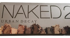 Urban Decay Naked 2 Eyeshadow Palette with 12 Pigment-rich, Taupe and Greige Neut