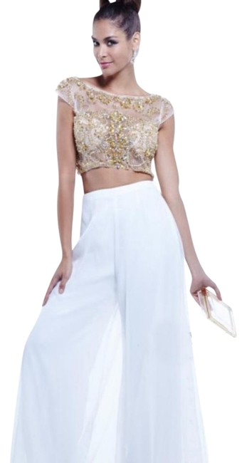 Item - White 6373 2pc Pant Suit For Prom Long Formal Dress Size 0 (XS)
