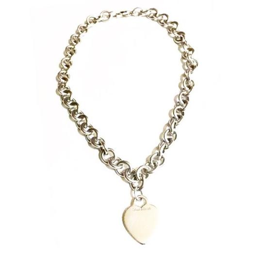 Preload https://img-static.tradesy.com/item/21042761/tiffany-and-co-sterling-silver-heart-charm-chain-necklace-0-0-540-540.jpg