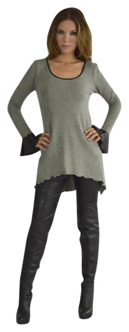 Preload https://img-static.tradesy.com/item/21042958/heathered-grey-and-black-pinto-ranch-angelslondon-faux-sweaterpullover-size-10-m-0-1-650-650.jpg