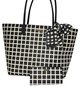 Kate Spade Tote in Black with white Check