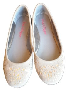 Pink & Pepper Beige and Gold Flats
