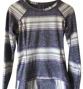 Lululemon VGUC lululemon long sleeve top Rulu 6