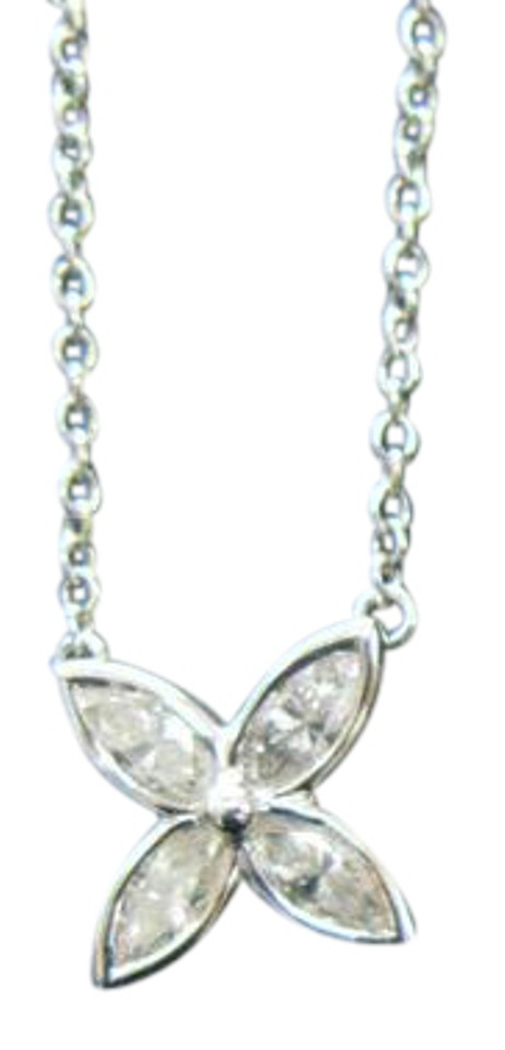 diamond m and necklace platinum p