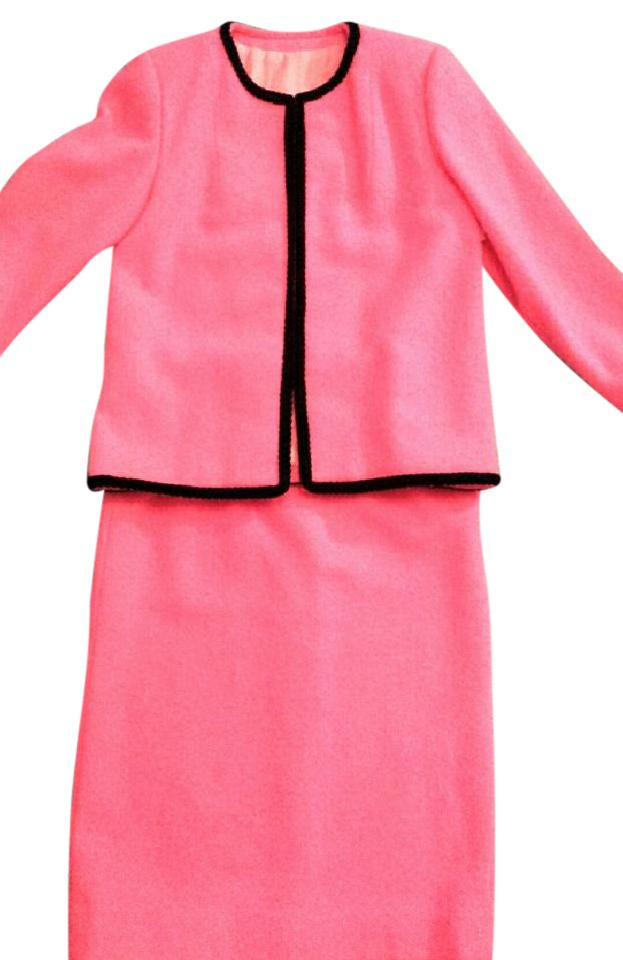 Pink Jackie Kennedy Style Skirt Suit Size 4 (S) 84% off retail