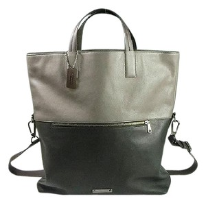 Coach Tote in Slate Black