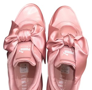 FENTY PUMA by Rihanna pink Athletic
