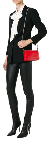 Preload https://img-static.tradesy.com/item/21045338/givenchy-pandora-chain-wallet-medium-red-leather-clutch-0-1-540-540.jpg