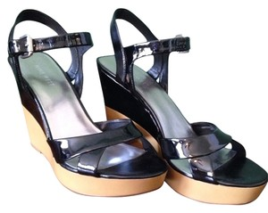 Nine West Black/Tan Wedges